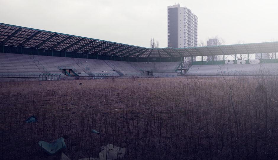 Ein verlassenes Stadion bei Bratislava