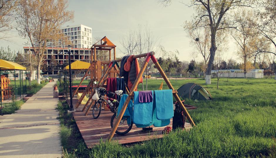 Zwei Tage Pause auf einem Campingplatz kurz vor der bulgarischen Grenze. Da wir die einzigen Gäste sind, nutzen wir den Platz aus...