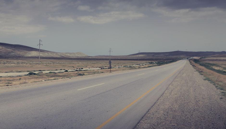 Vor uns liegen rund 50 Km Niemandsland...