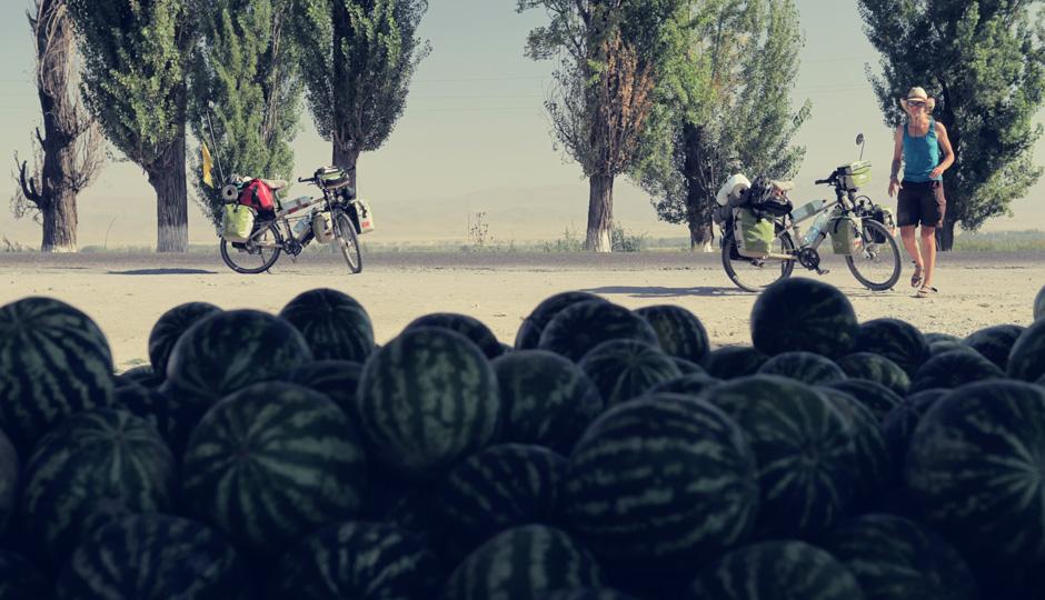 Entlang der Strasse gibt es weiterhin leckere Melonen...
