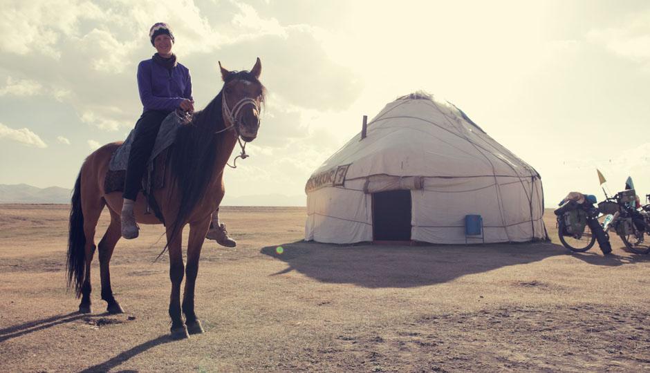Ab und zu notwendig: Die Räder gegen die geliebten Pferde eintauschen.