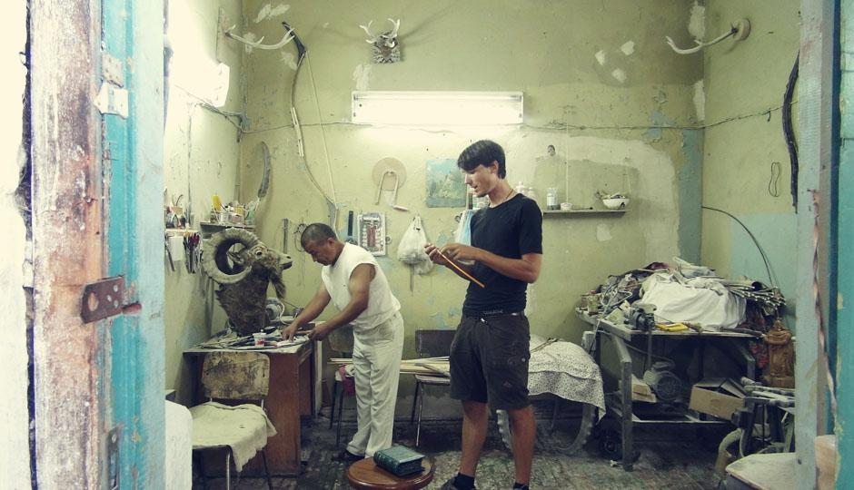 Einblicke in das Atelier eines kirgisischen Künstlers
