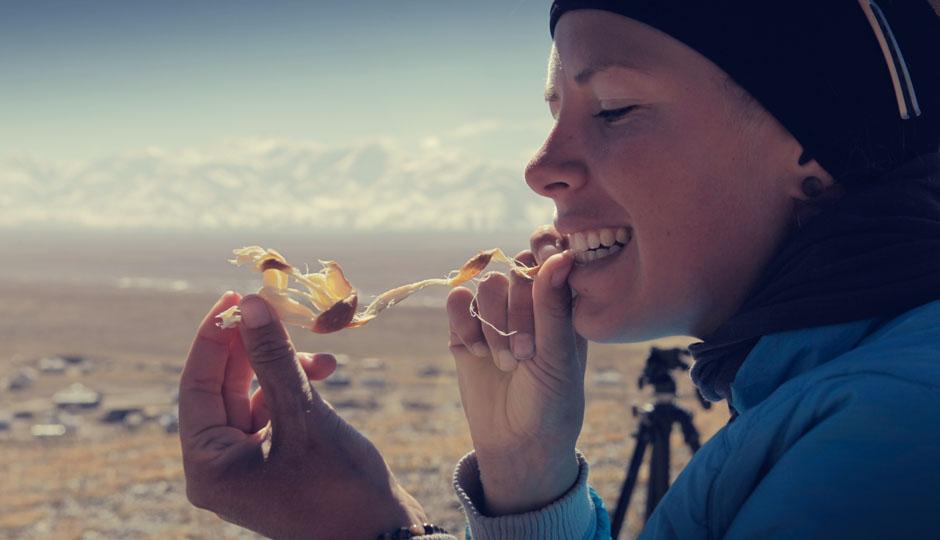 Da bleibt uns trotz kalter Temperaturen nur Kaltnahrung wie geräucherter Käse und lauwarmer Kartoffelbrei. Lecker.