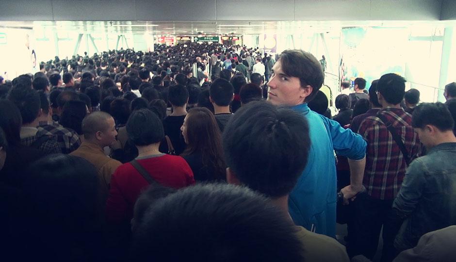 """15. Dez 2012 - Noch 7 Tage: Die Grenze zwischen China """"Mainland"""" und Hongkong: Es ist Weihnachten!"""