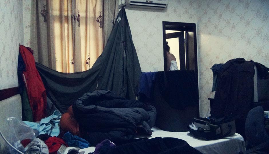 Aber bei permanent feuchtem Wetter sind wir froh, dass Zelt auch mal an den Nagel hängen zu können